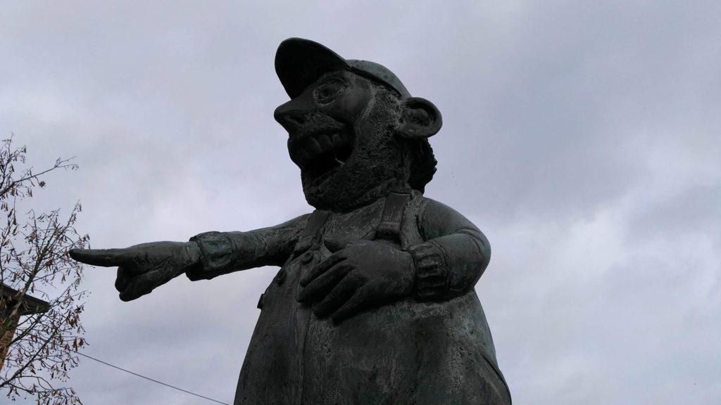 Markvalleiroute, ontdek het Standbeeld van Urbanus